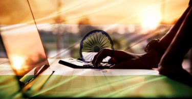 how-freelancers-in-india-use-bitcoin-to-increase-their-real-wages