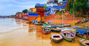47830607 - varanasi on river ganges, india
